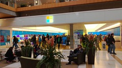 Microsoft-Store-Surface-Bellevue-4