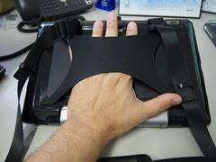 Fujitsu Stylistic Q702 Bump Case Back Hand