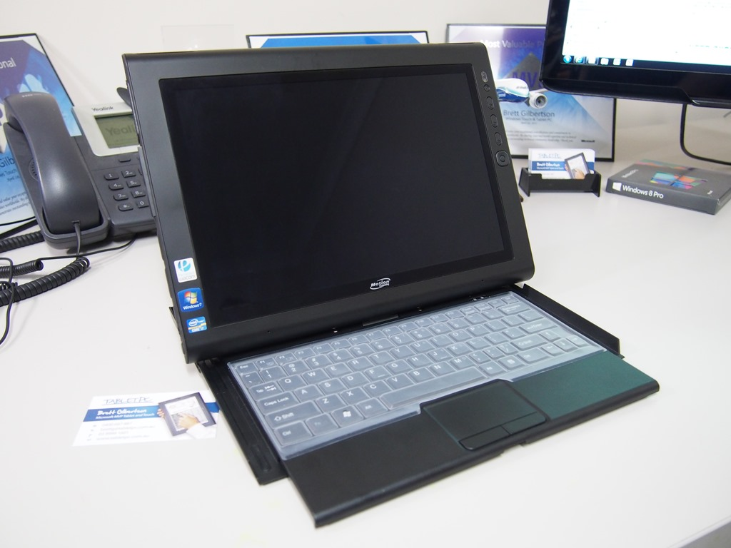 Motion J3600 - Why it stands out in pictures - Microsoft Surface and