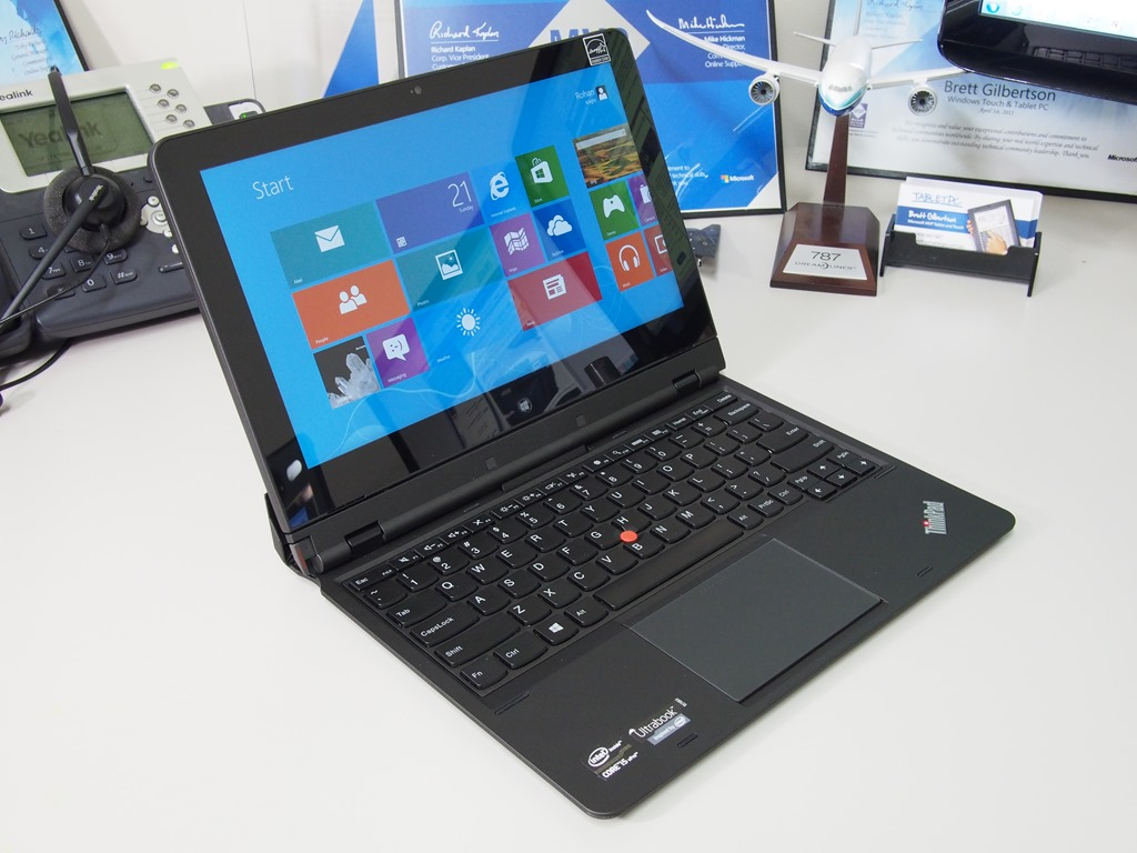 Lenovo ThinkPad Helix–Hybrid Windows 8 Tablet in Pictures