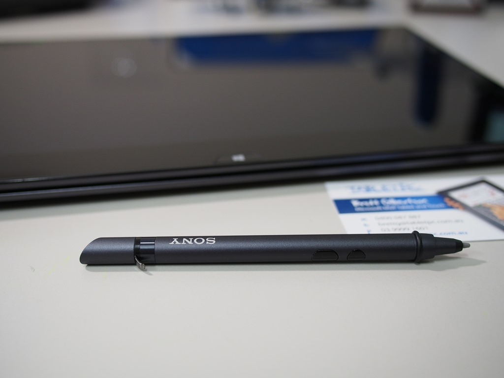 Sony Vaio Duo 13– Haswell Windows 8 Tablet in Pictures